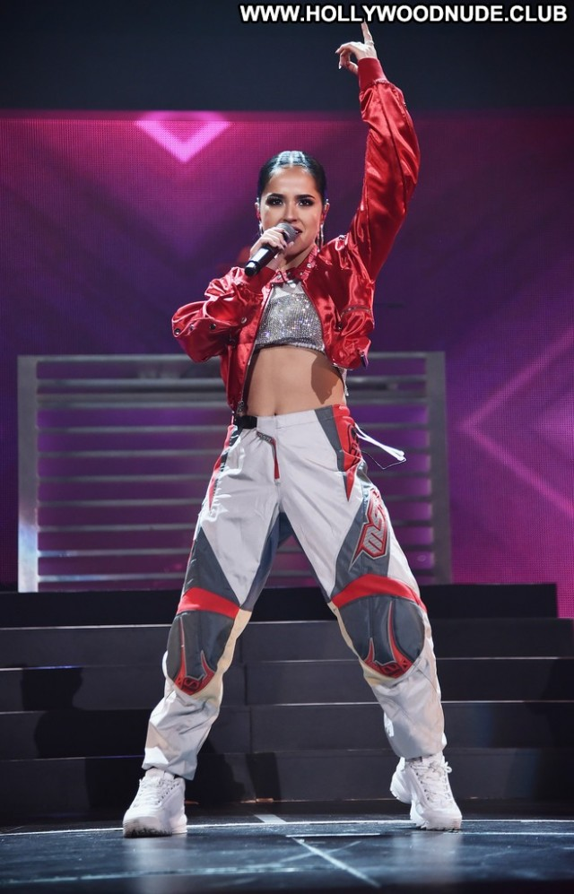 Becky G No Source Beautiful Paparazzi Celebrity Latina Latin Babe