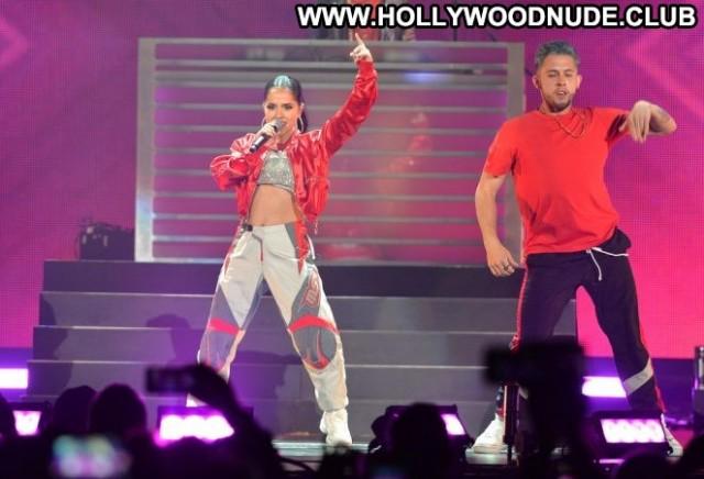 Becky G No Source Celebrity Beautiful Latin Posing Hot Babe Latina
