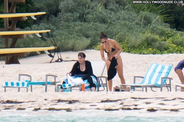 Jennifer Lopez The Beach Party Celebrity Singer Sexy Posing Hot The