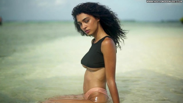 Sports Illustrated Sports Illustrated Swimsuit Posing Hot American