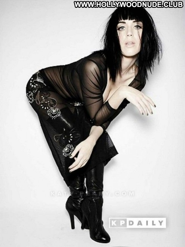 Katy Perry No Source Posing Hot Canada American Celebrity Babe