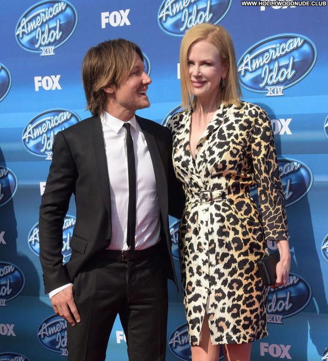 Nicole Kidman American Idol Celebrity Sea Beautiful Posing Hot Babe