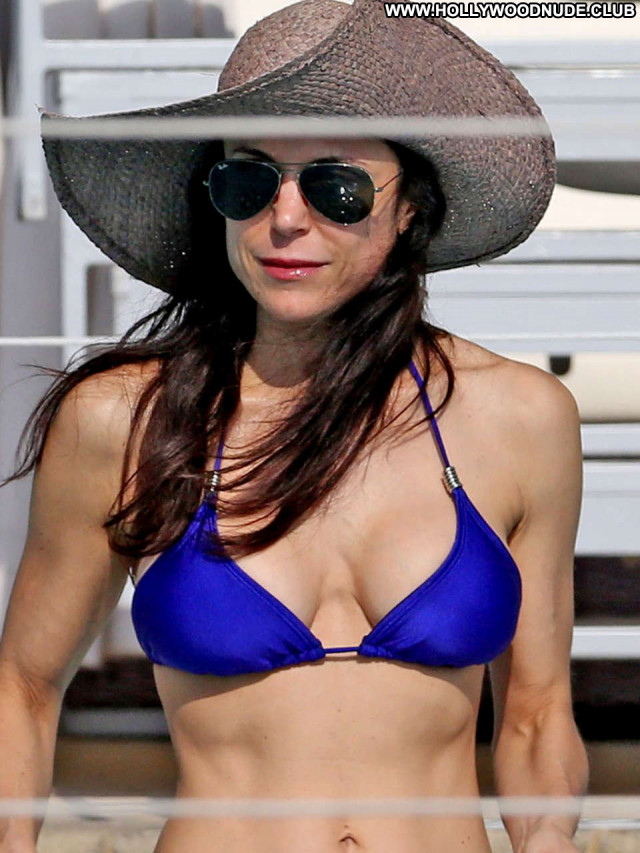 Bikini No Source Beautiful Babe Bikini Paparazzi Posing Hot Celebrity