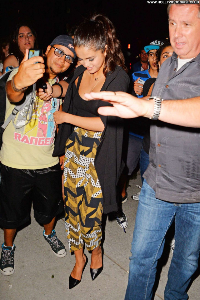 Selena Gomez New York New York Celebrity Babe Hot Hotel Paparazzi