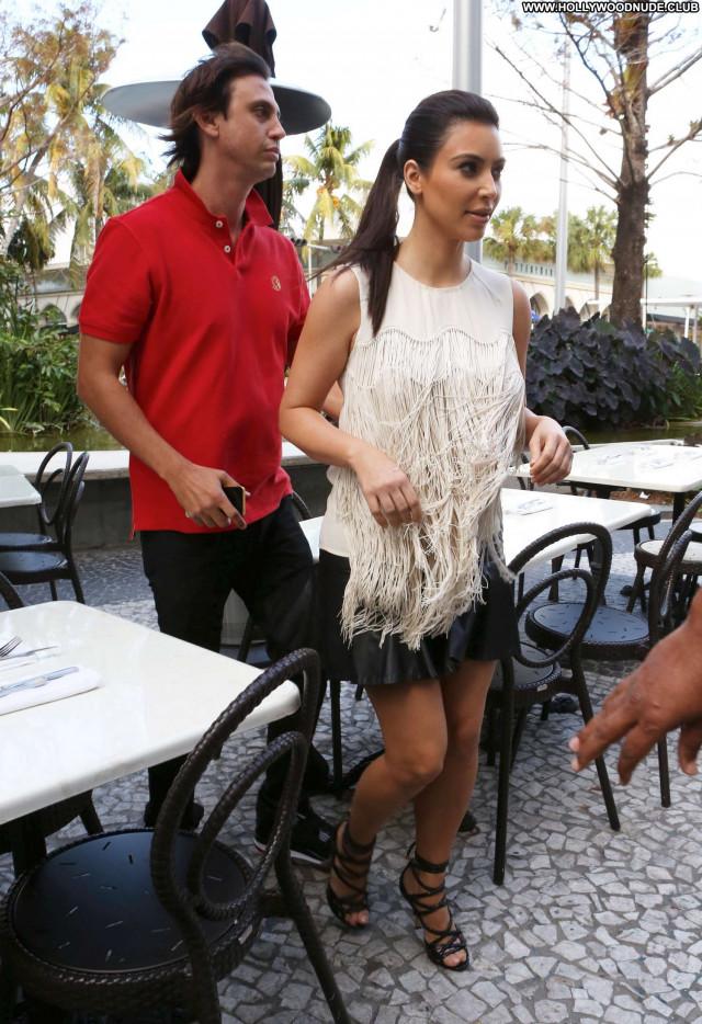 Kim Kardashian Miami Beach Beautiful Beach Posing Hot Celebrity Babe