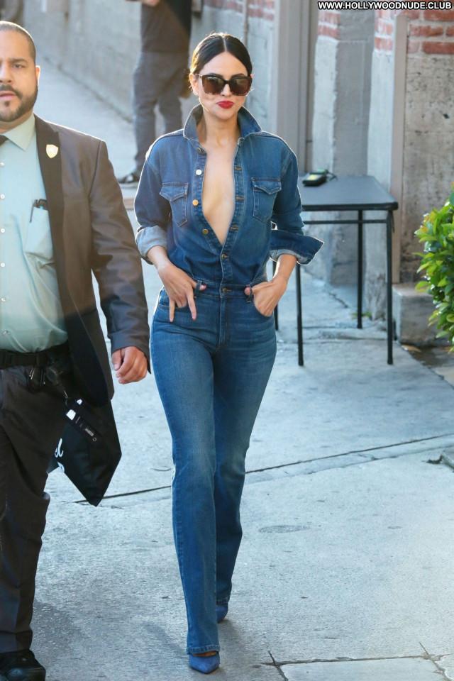 Eiza Gonzalez No Source Posing Hot Celebrity Beautiful Sexy Babe