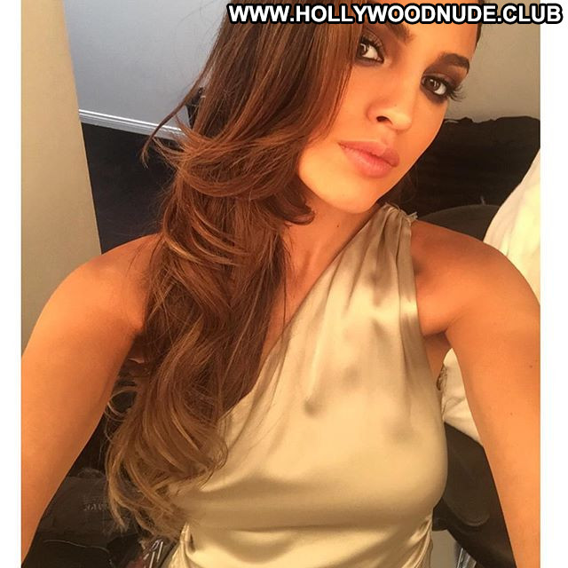Eiza Gonzalez No Source Celebrity Babe Posing Hot Paparazzi Beautiful