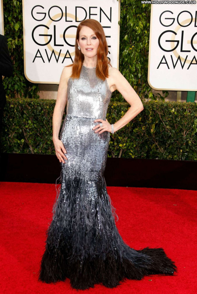 Julianne Moore Golden Globe Awards Beautiful Babe Awards Celebrity