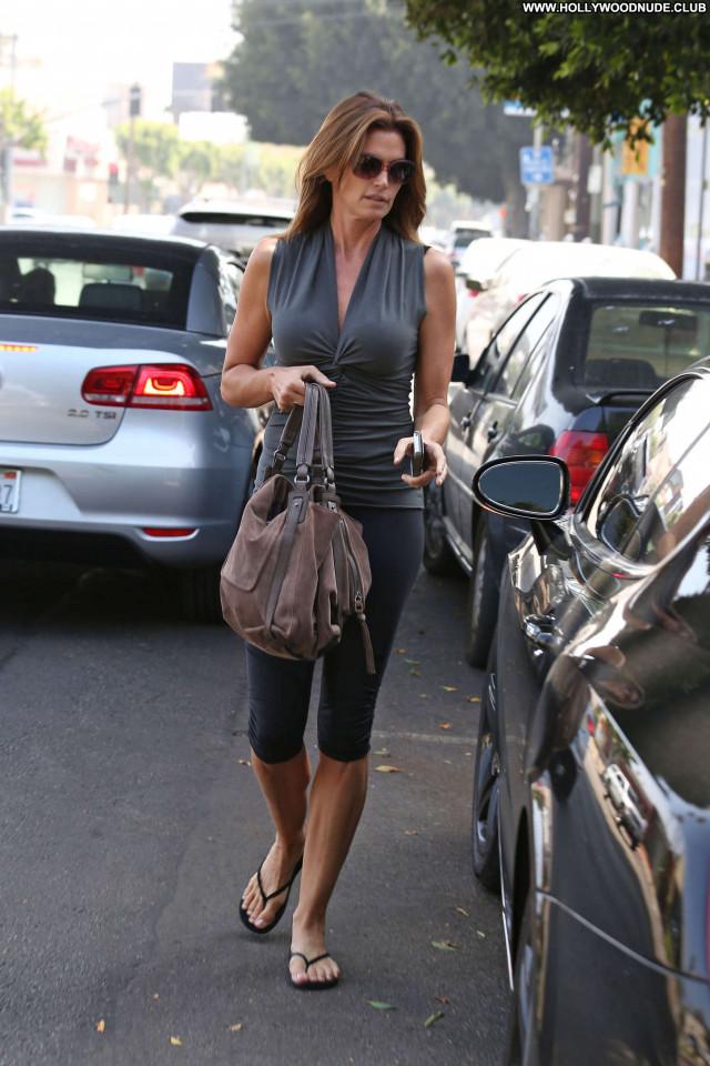 Cindy Crawford No Source Celebrity Posing Hot Babe Beautiful Paparazzi