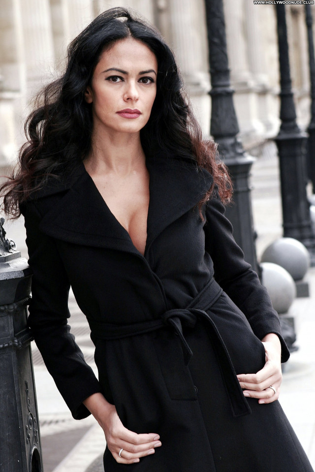 Maria Grazia Cucinotta No Source  Celebrity Posing Hot Babe Beautiful