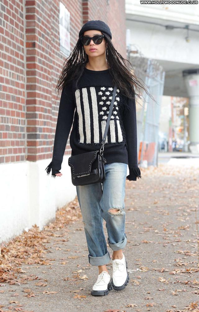 Zoe Kravitz No Source Celebrity Beautiful Jeans Babe Posing Hot