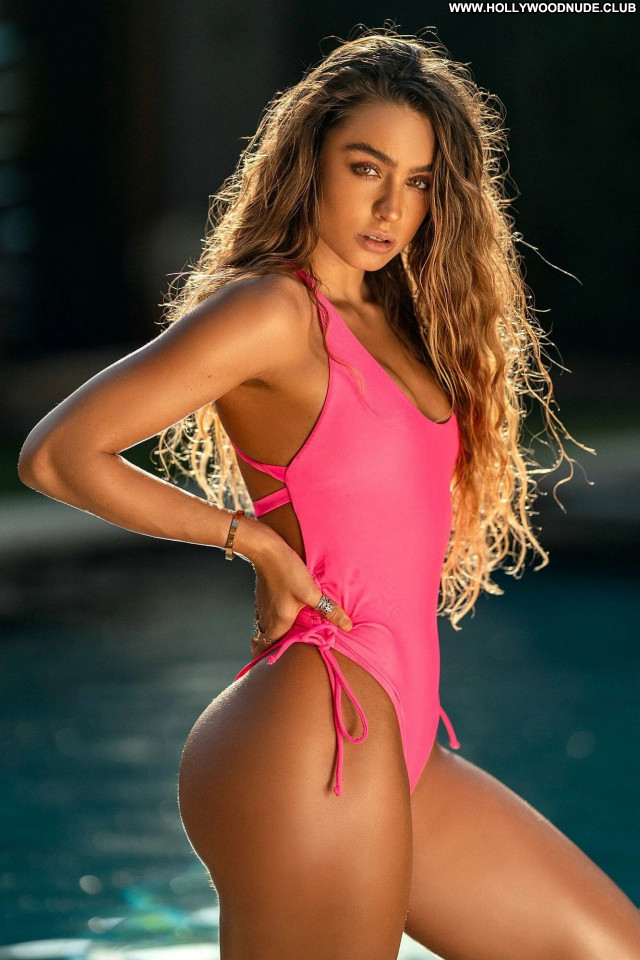 Sommer Ray No Source Sexy Babe Celebrity Beautiful Posing Hot