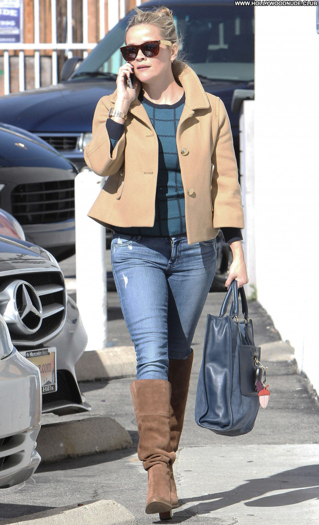 Reese Witherspoon No Source Beautiful Celebrity Posing Hot Paparazzi