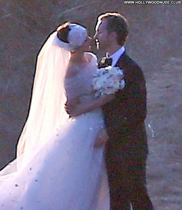 Photos No Source Celebrity Wedding Babe Paparazzi Posing Hot Hat