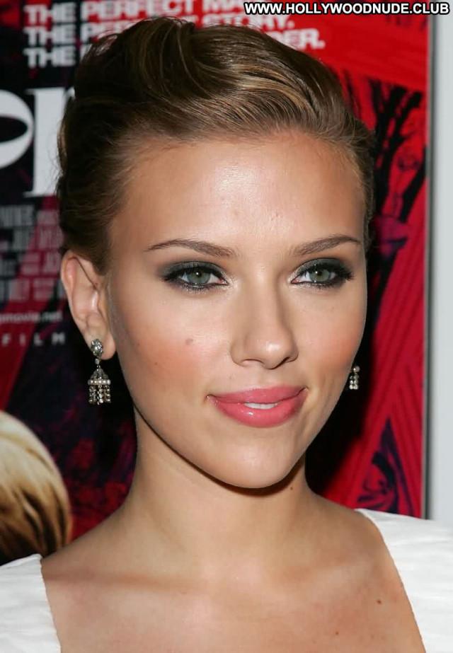 Scarlett Johansson No Source Posing Hot Asian Babe Celebrity Beautiful