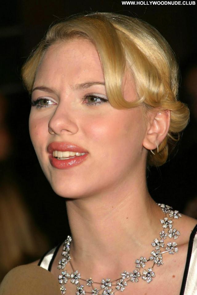 Scarlett Johansson No Source Posing Hot Celebrity Babe Beautiful Asian