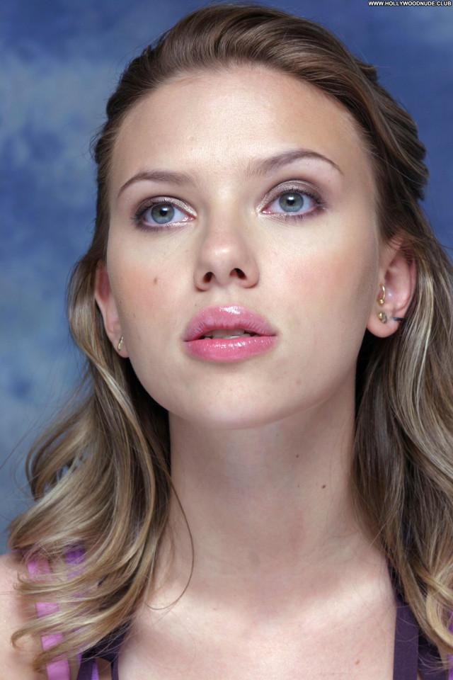 Scarlett Johansson No Source  Babe Celebrity Beautiful Asian Posing