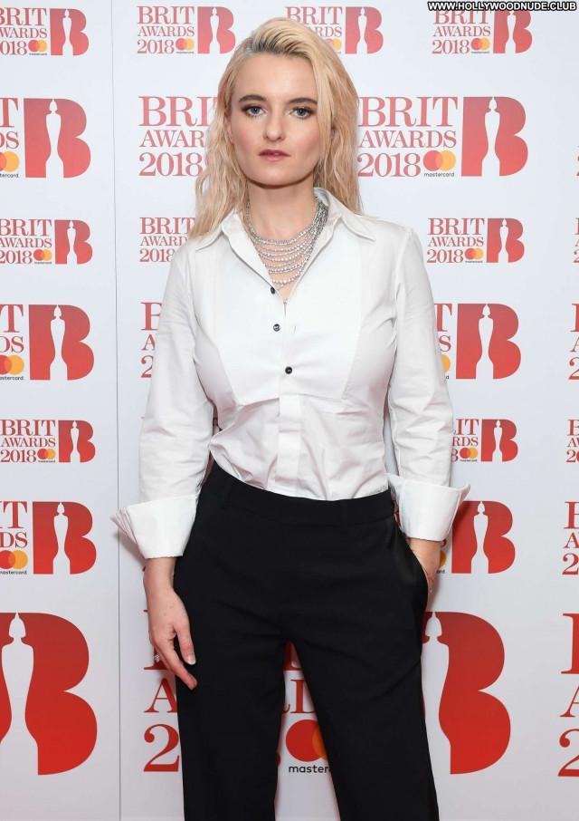 Grace Chatto Brit Awards  Posing Hot Beautiful Babe Paparazzi